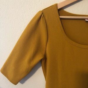 Lularoe Dress Size Medium Gold/Mustard